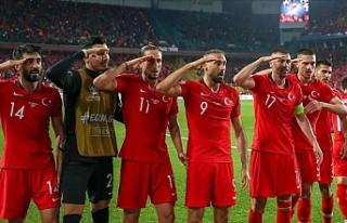 Türkiye Süper Lig'deki 18 kulüpten UEFA'ya...