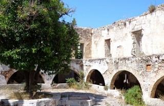 Alevkayası'nda bulunan Ermeni Manastırı ile...