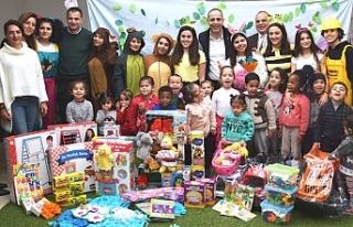 Atatürk Meslek Lisesi öğrencilerinden çocuklara...