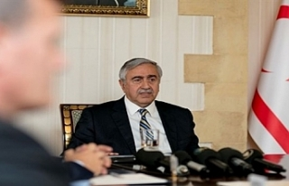 Cumhurbaşkanı Akıncı bilgilendirme toplantılarını...