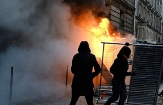 Fransa'da çalışanlar yarın yeniden meydanlara...