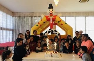 Kemal Saraçoğlu Vakfı'ndan yılbaşı yemeği