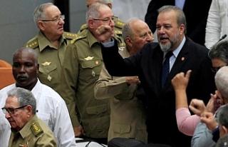 Küba'da 43 yıl sonra ilk başbakan göreve...