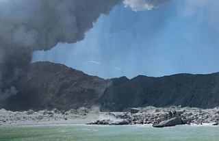 Yeni Zelanda'daki yanardağ patlamasında ölü...