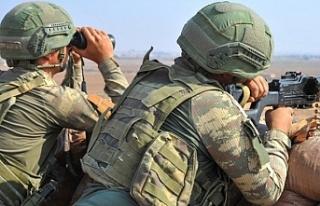 Barış Pınarı Harekat bölgesinde bombalı araç...