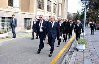 Çavuşoğlu'nun Ankara temasları devam ediyor