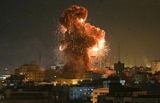 Dünya İsrail, Gazze'yi savaş uçaklarıyla...