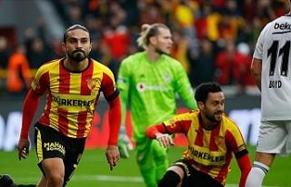 Göztepe, yeni stadının açılış maçında Beşiktaş'ı...