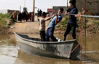 Sel felaketinde üç kişi hayatını kaybetti, 400...