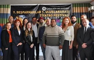 """""""10. Beşparmaklar Uluslararası Tiyatro Festivali""""..."""