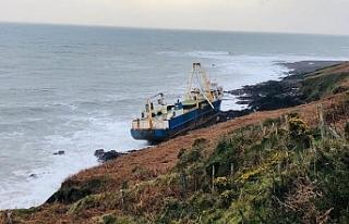 Afrika'da kaybolan hayalet gemi İrlanda'da karaya...