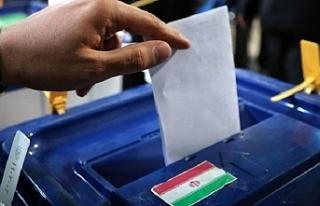 İran'da 11. Dönem Meclis Seçimleri için oy verme...