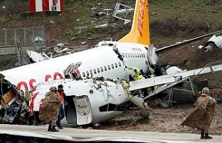 İstanbul'daki uçak kazasıyla ilgili iki pilot...
