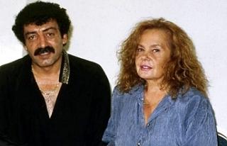 Müslüm Gürses'in eşi Muhterem Nur yoğun...