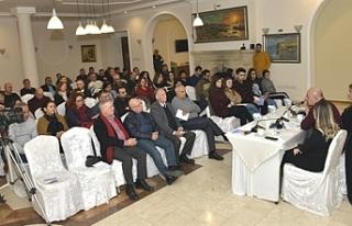 Üçüncü Toplum Forumu, ilk kitle toplantısını...
