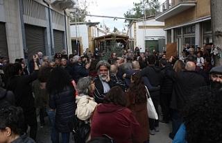 """UniteCyprusNow"" ara bölgede protesto yaptı"