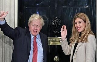 Boris Johnson ve sevgilisi Carrie Symonds bebek bekliyor
