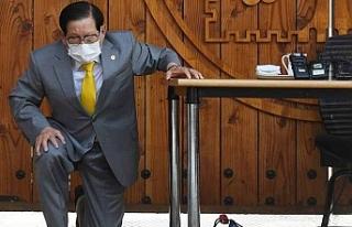 Corona virüs için böyle özür diledi: Virüsü...