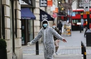 İngiltere'de bir günde koronavirüsten rekor...