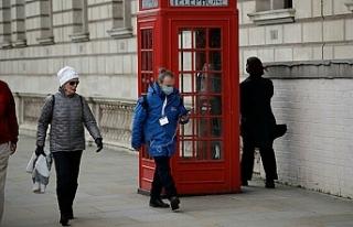 İngiltere'de koronavirüs ölümleri 24 saatte...