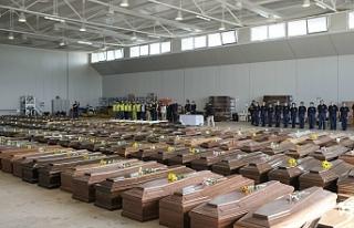 İtalya'da bir günde 475 ölü daha