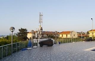 Öğrencilerin olduğu bölgeye mobil baz istasyonu...