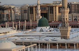 Riyad, Mekke ve Medine koronavirüs nedeniyle giriş...