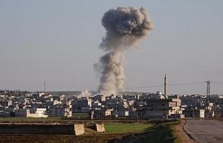 Rus savaş uçakları İdlib'de sivilleri hedef...