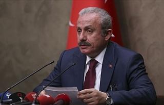 Türkiye'de Meclisin tatil edilmesi gündemde
