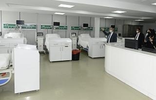 Bakan Pilli'den Devlet Hastanesine ziyaret