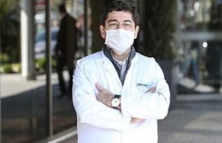 """Corona virüsü yenen doktor anlattı: """"Virüsün..."""