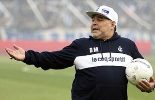 Maradona futbolu çok özlemiş