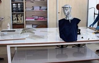 Meslek Liseleri maske üretimine başladı