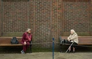 Uzmanlar: Sosyal mesafe önlemlerinin 2022'ye kadar...