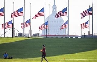 ABD'de Kovid-19 kurbanları için 3 gün bayraklar...
