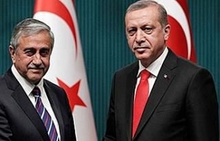 Akıncı ile Erdoğan arasında bayram mesajı teatisi...