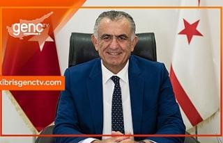 Bakan Çavuşoğlu, Genç TV'nin yeni yaşını...