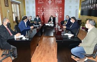 Bakan Pilli, Belediye Başkanları ile biraraya geldi