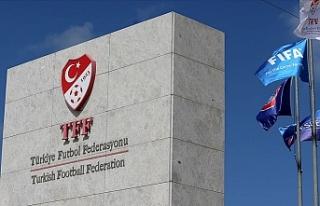 TFF Sağlık Kurulu takımların doktorlarıyla toplantı...