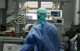 Türkiye'de corona virüsten son 24 saatte 30...