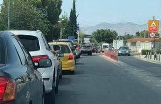 Güney Kıbrıs'tan geçiş kapılarını açma...