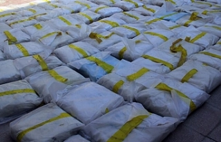 İran'da 2,3 ton uyuşturucu madde ele geçirildi