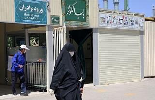 İran maske kullanımını artırmak amacıyla kampanya...