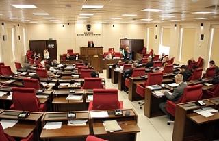 Meclis, yoğun gündemle toplandı