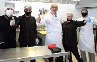 Türksel, LTB Paylaşım Mutfağı'nı ziyaret...