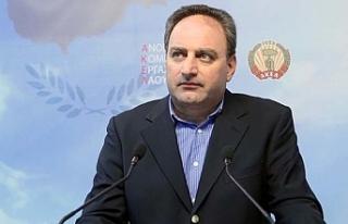 AKEL'den Rum Hükümetine ABD eleştirisi