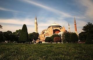 Ayasofya'yı camiden müzeye dönüştüren Bakanlar...