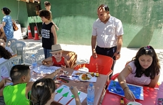 """""""Çocuk Sanat Atölyesi"""" etkinliklerinin ilki..."""