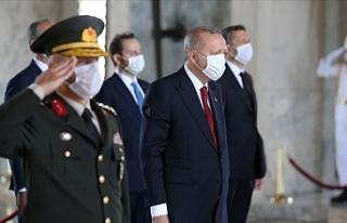 """Erdoğan: """"TSK kem gözlere karşı vatanımızın..."""