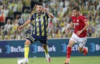 Fenerbahçe-Sivasspor maçında 3 gol